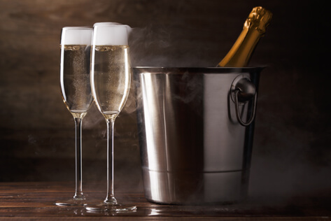 https://basketsnewhampshire.com/media/holidays/Admin Professionals Day/IMG_Champagne.jpg