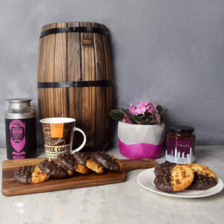 Davenport Coffee & Macaroons Basket Manchester