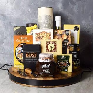 Liquor & Cheese Platter Gift Set Manchester