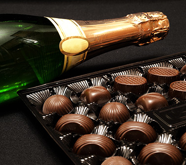 Champagne & Chocolate Gift Baskets Delivered to New Hampshire