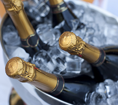 Champagne Gift Baskets Delivered to New Hampshire